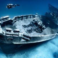 Sanering av skeppsvrak är farligt